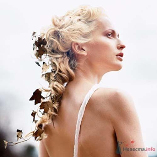 Фото 8317 в коллекции Прически с живыми цветами