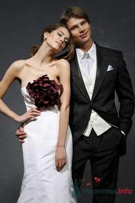Свадебное платье Vera Wang - фото 30462 Плюмаж - бутик выходного платья и костюма