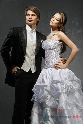 Свадебное платье ILANA - фото 30474 Плюмаж - бутик выходного платья и костюма