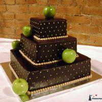 Шоколадно-яблочный торт