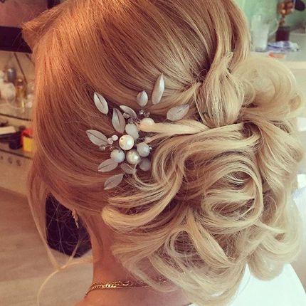 Свадебная причёска для коротких и средних волос
