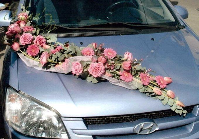 как сделать самой украшения на машину на свадьбу своими руками