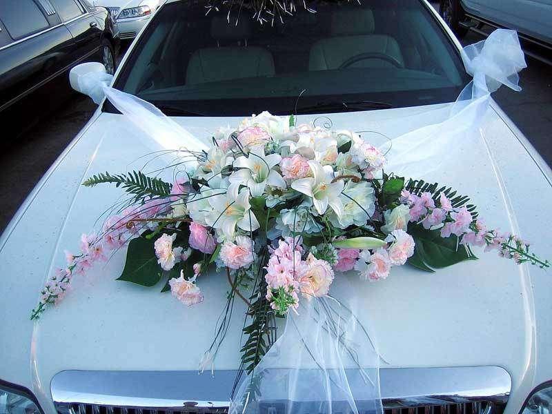Цветочные украшения на машину своими руками 73