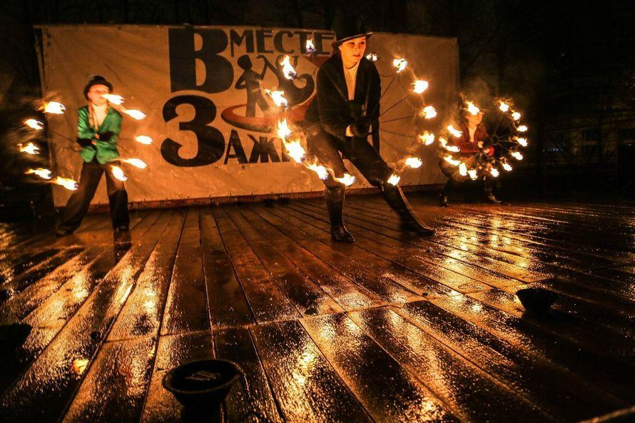 Фото 6060209 в коллекции Огненное (фаер) шоу - Творческий коллектив Огни большого города