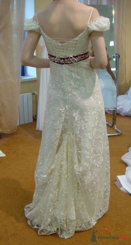 Платье №3 с подколотым шлейфом