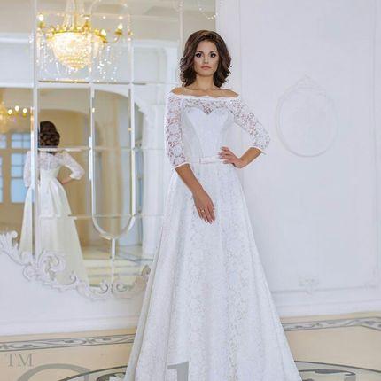Великолепное кружевное платье
