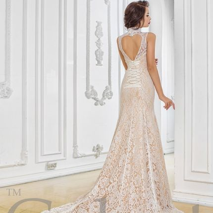 Изящное пышное свадебное платье