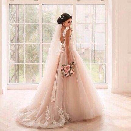 Свадебное платье пудрового цвета