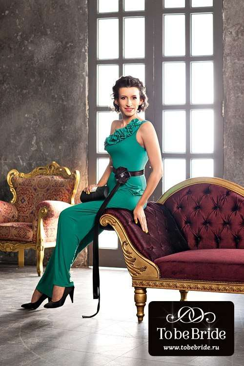 Актриса Елена Борщева (экс. Comedy Woman) комбинезон CW180B - фото 6799762 Свадебный салон Кукла
