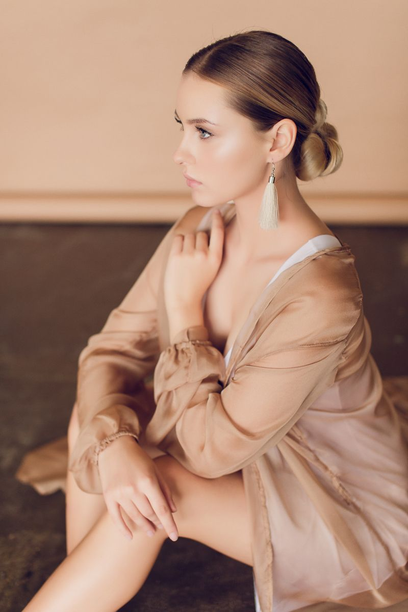 Фото 18195582 в коллекции вечерние,торжественные прически,макияж,фотосессии - Свадебный стилист-визажист Жанна Шевлякова