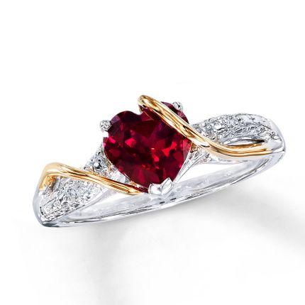 Помолвочное кольцо с рубином и бриллиантами