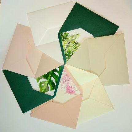 Конверты из дизайнерского картона без вклейки