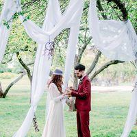 свадьба, европейская свадьба, выездная регистрация, жених, невеста белый, пионы