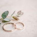 сборы невесты, утро невесты, фотостудия, свадьба в фотостудии, лофт, фотосессия, свадебная фотосессия, красный, белый, синий, кольца, свадебные кольца