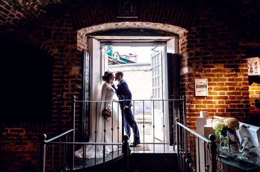 свадьба, выездная регистрация, жених, невеста, сборы невесты, подружки невесты, фотограф, свадебный фотограф, коралловый - фото 16450722 Маслова Виктория - фотограф