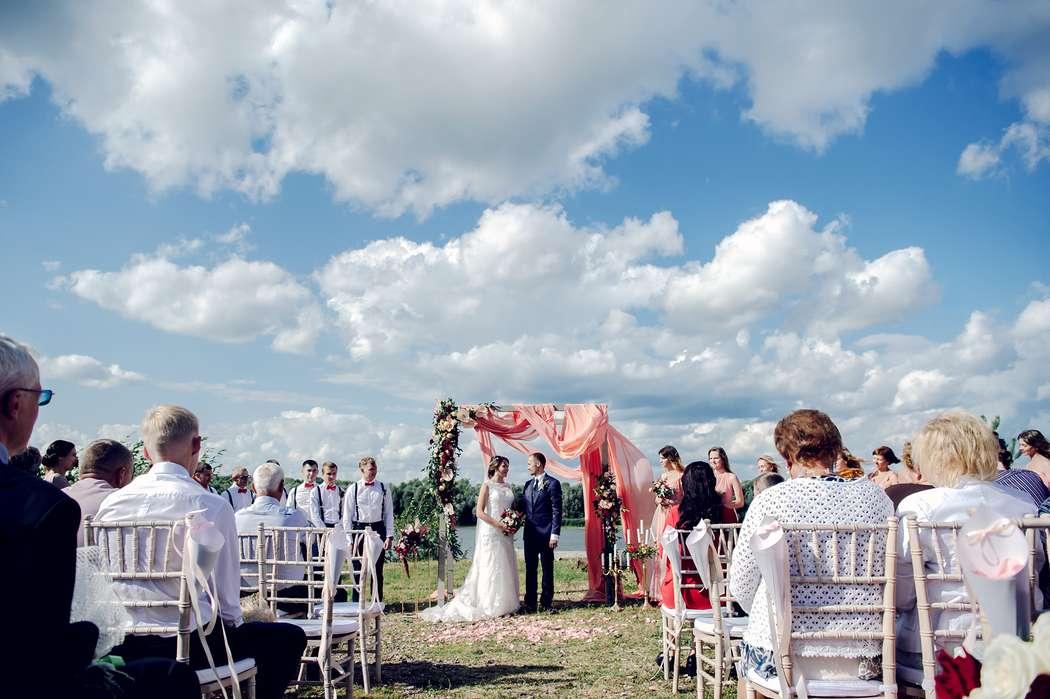 свадьба, выездная регистрация, жених, невеста, сборы невесты, подружки невесты, фотограф, свадебный фотограф, коралловый - фото 16450736 Маслова Виктория - фотограф