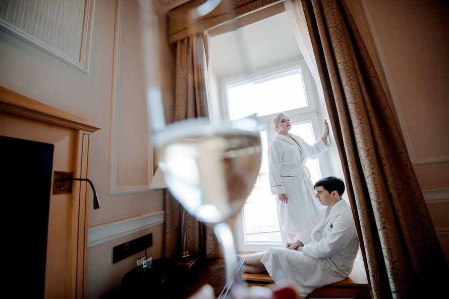 свадьба, свадьба осенью, жених, невеста, бордовый, фотограф, марсала, детали, букет невесты, утро невесты - фото 16451000 Маслова Виктория - фотограф