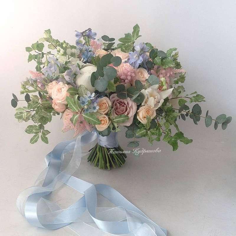 Букет невесты из пионовидных роз - фото 18457954 Цветочная мастерская Татьяны Кудряшовой