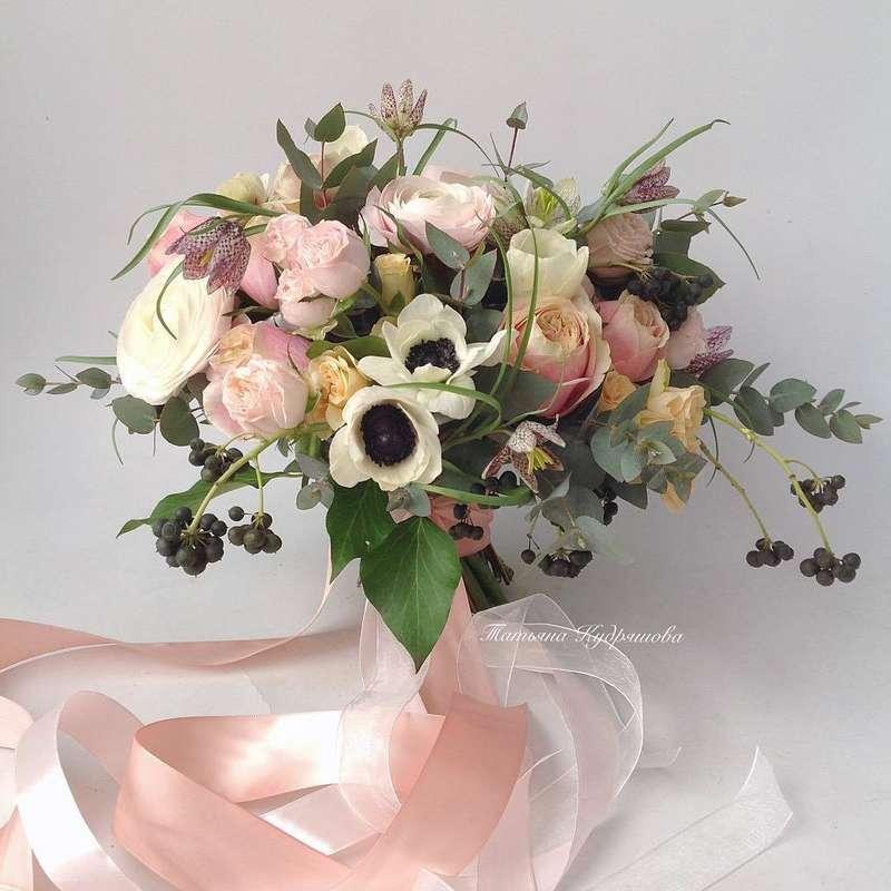 Букет невесты из пионовидных роз - фото 18457958 Цветочная мастерская Татьяны Кудряшовой