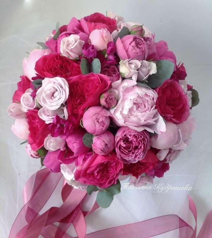 Букет невесты из пионовидных роз - фото 18457960 Цветочная мастерская Татьяны Кудряшовой