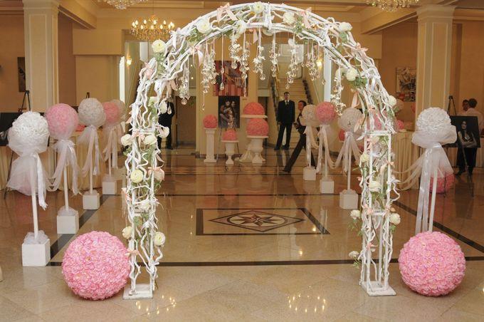 Из чего сделать арку на свадьбу