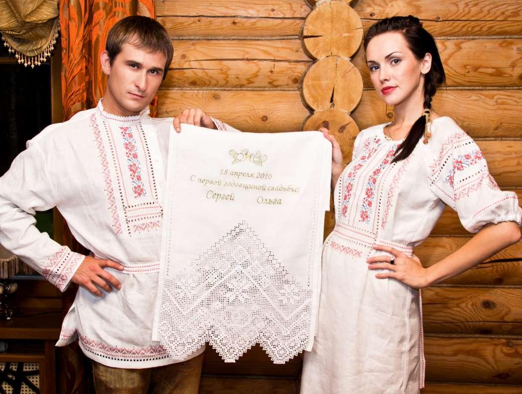Эксклюзивный льняной рушник с ручной вышивкой для первой годовщины свадьбы - фото 7309862 Фабрика Ришелье