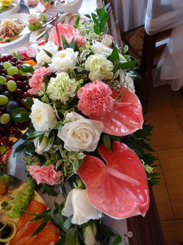 """Композиция из живых цветов на стол жениха и невесты - фото 2713321 Компания """"Аспект-Н""""- организация свадьбы"""