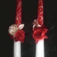 Мои первые свечи))))  Конечно кривенькие, и довольно миленько получились.  Цветы из холодного фарфора, роспись масляным фломастером.