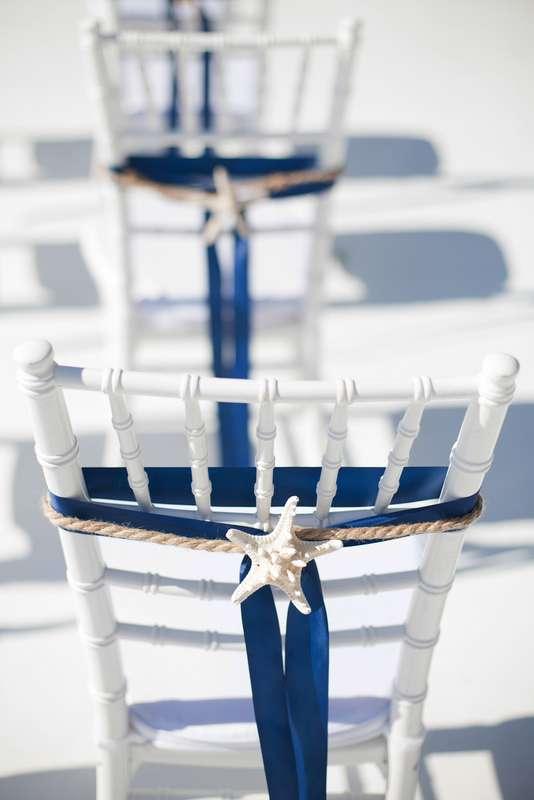 морская тема, морская свадьба, свадьба у воды, выездная регистрация, синий, морская звезда, стулья кьявари - фото 15539780 Фото и видеосъёмка Fevish studio