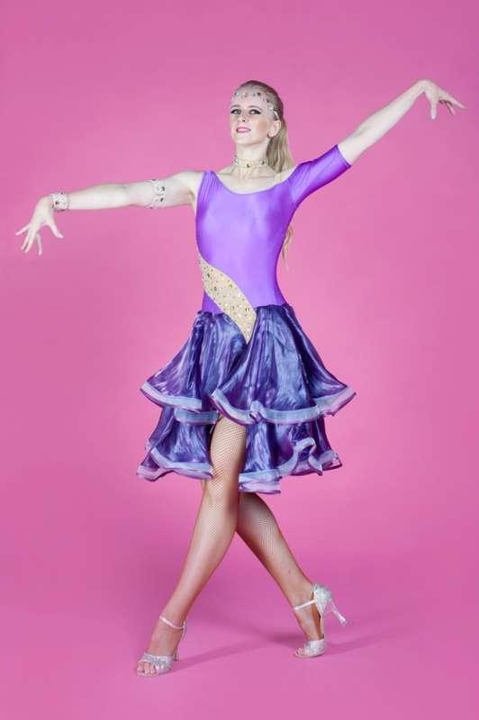 """Зажигательная Латина с интерктивом - фото 11515750 Шоу-балет """"Феникс"""""""