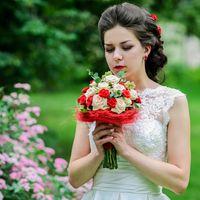 Бело-красный букет невесты. Букет невесты из роз. Яркий букет невесты