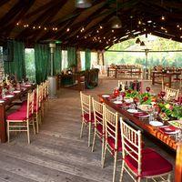 Свадьба в стиле Бохо Марсала Бордо Изумрудная свадьба Ретро-гирлянды Мини-отель Таежный