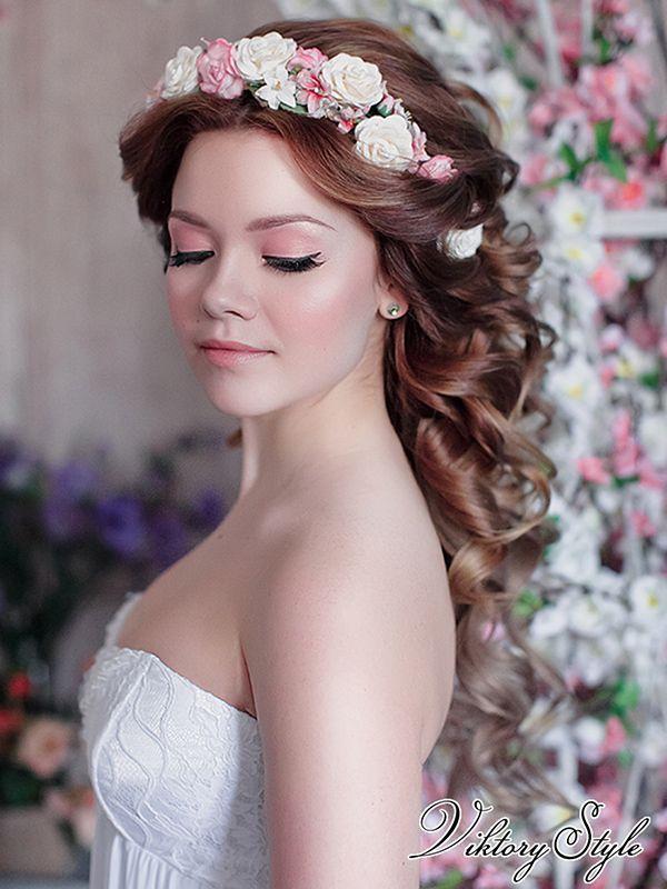 Свадебные прически венком