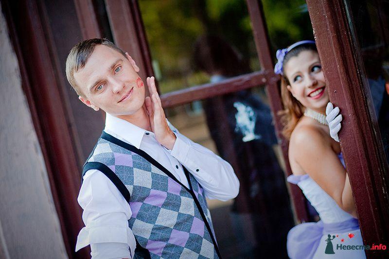 Костюм жениха  в стиле ретро с трикотажной клетчатой жилетки в синих, - фото 124647 Мастерская свадебной фотографии Елены Кузнецовой