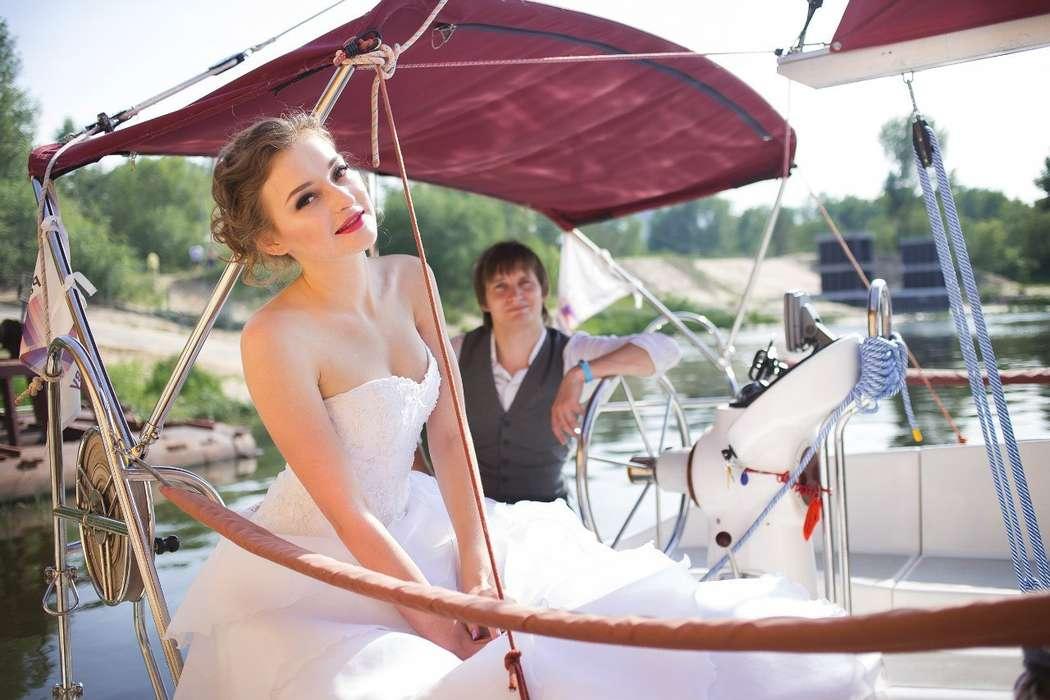 Фото 9056110 в коллекции Аренда парусной яхты с алыми парусами для фотосессий - Аренда яхты Паруса-нн
