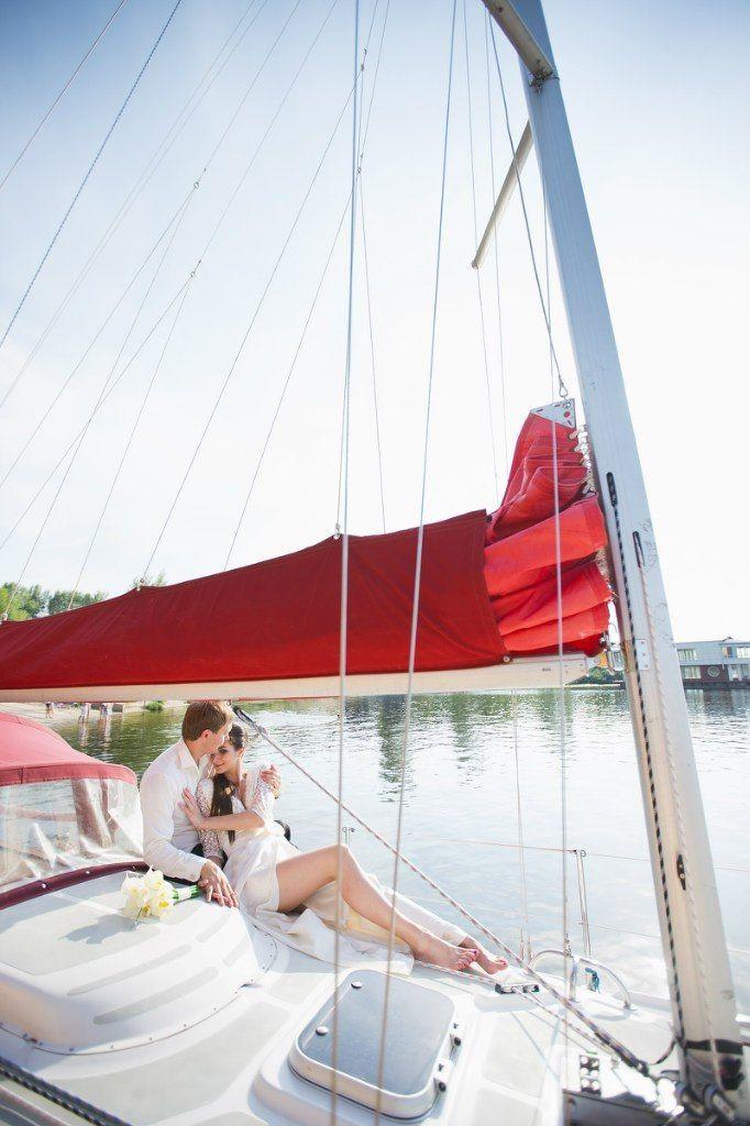 Фото 9056116 в коллекции Аренда парусной яхты с алыми парусами для фотосессий - Аренда яхты Паруса-нн