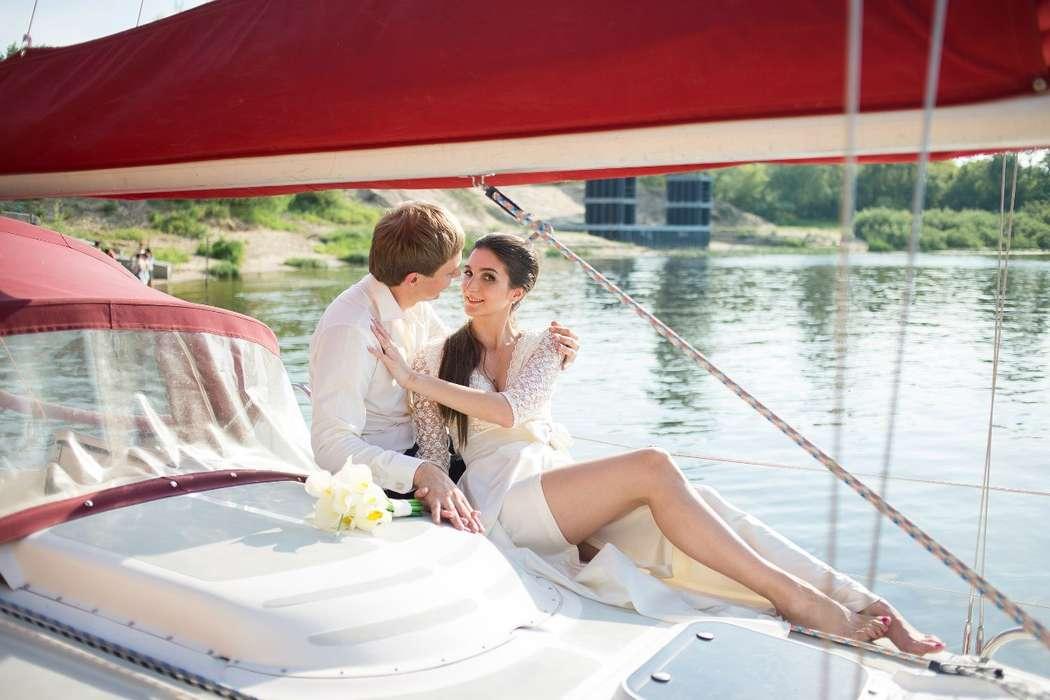 Фото 9056126 в коллекции Аренда парусной яхты с алыми парусами для фотосессий - Аренда яхты Паруса-нн