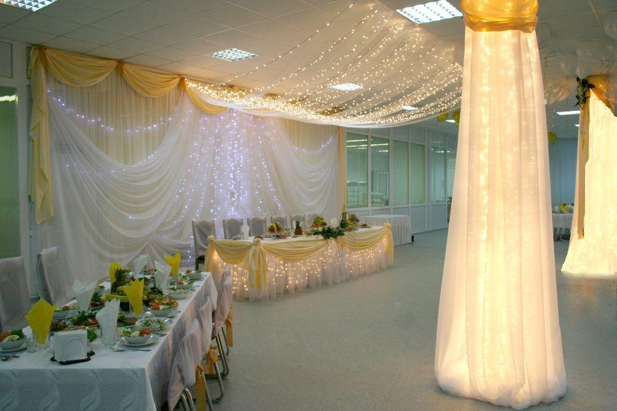 Как украсить тканью зал