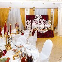 Ажурная ширма и декор стола