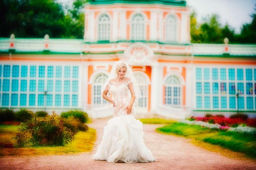 напольных сколько времени занимает фотосессия в кусково петербургские колонны выполняли