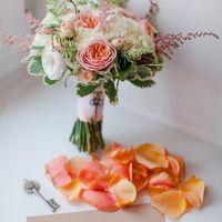 """Букет Цветочный салон """"Розы от Морозовой""""  Буквы Plastic Friday"""