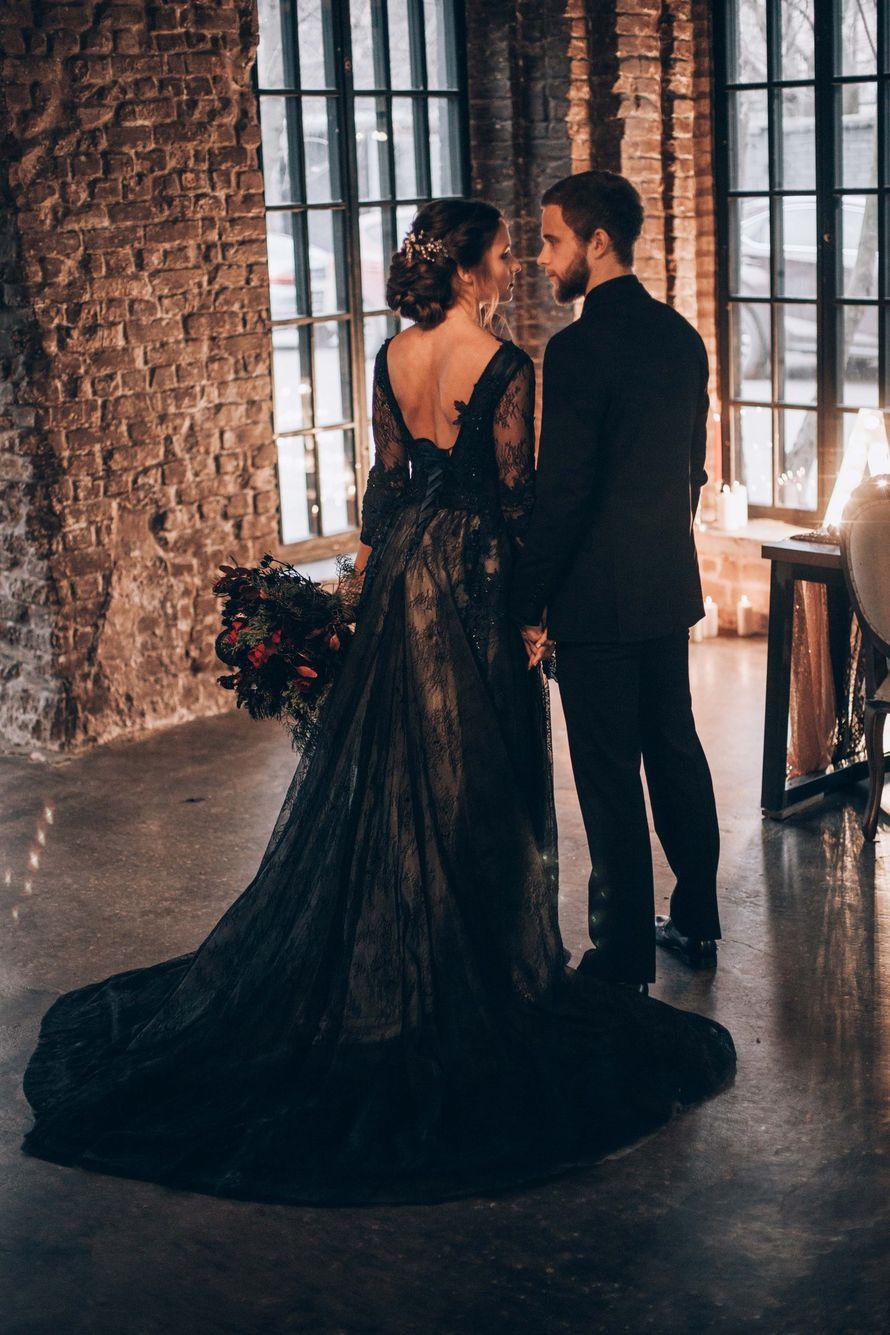 fce171bf65c black wedding черное платье стильная свадьба свадьба в дождь черное платье  невесты черное свадебное платье каллиграфия идеи для свадьбы