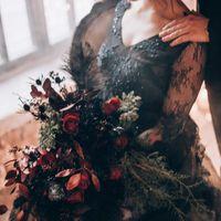 black wedding черное платье стильная свадьба свадьба в дождь черное платье невесты черное свадебное платье  каллиграфия  идеи для свадьбы