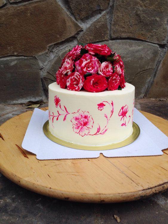 Красно розовые торты фото