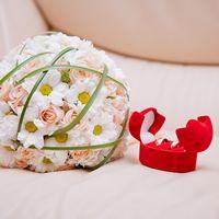 Букет невесты из ромашек и роз