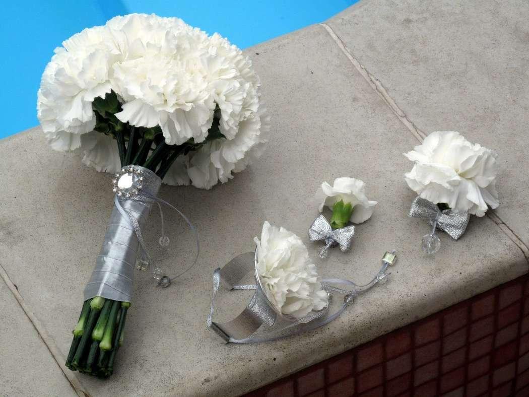 Свадебный букет из гвоздик - значение и символика 64