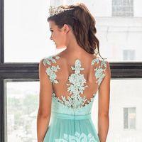 Мы, как и многие девочки, обожаем мятный цвет! И поэтому ни секунду не сомневались, что и тебе тоже понравится это чудесное платье МИЛАГРЕС
