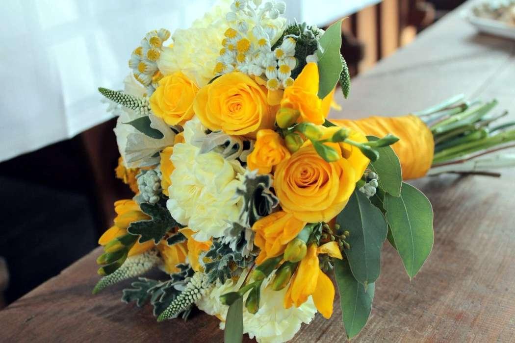 Фото 9626622 в коллекции Яркая свадьба в серо-желтом цвете - Авторская студия декора Irina Imaeva