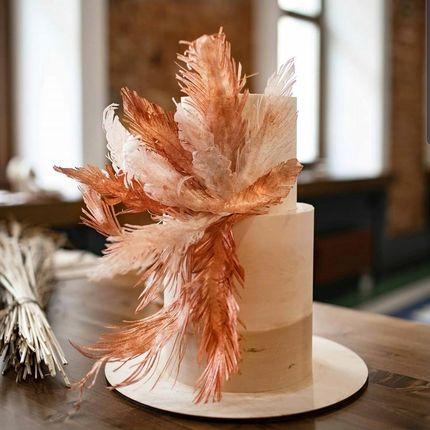 Торт со съедобными перьями, от 2 кг