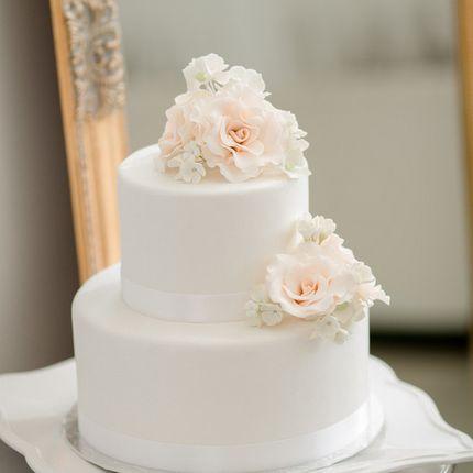 Праздничный торт для вашего торжества